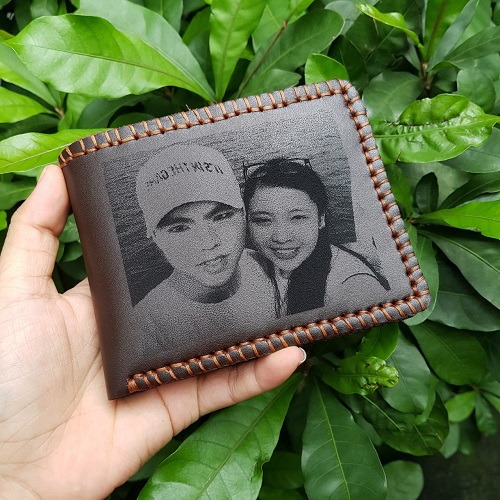 MC-Luxury-store-Why-choosing-a-Personalized-wallet-for-Valentine-gift