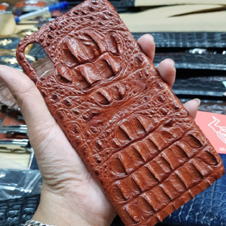 Humped-back-crocodile-leather-case-for-iPhone-XS-Max