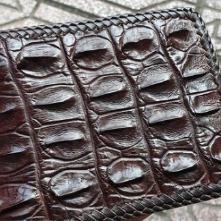 luxury-genuine-crocodile-wallet-with-hand-sewing-edge