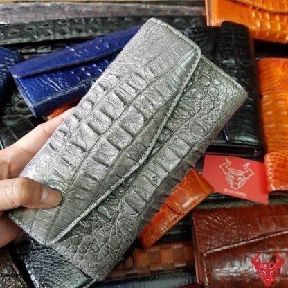 MC-Luxury-store-crocodile-purse-for-women