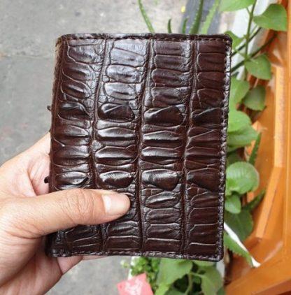 Vertical-Alligator-skin-wallet-for-men